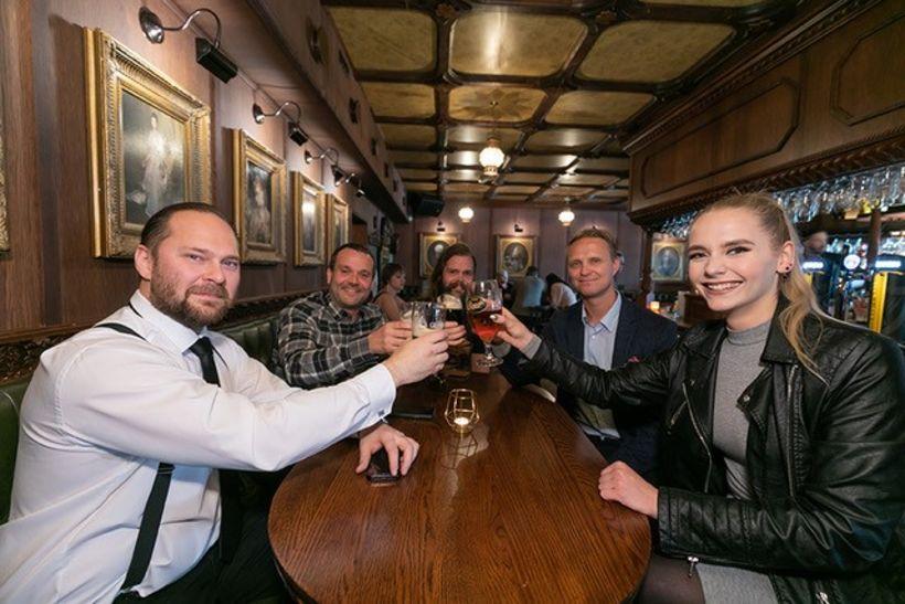 Það var góð stemning á The Irishman Pub.