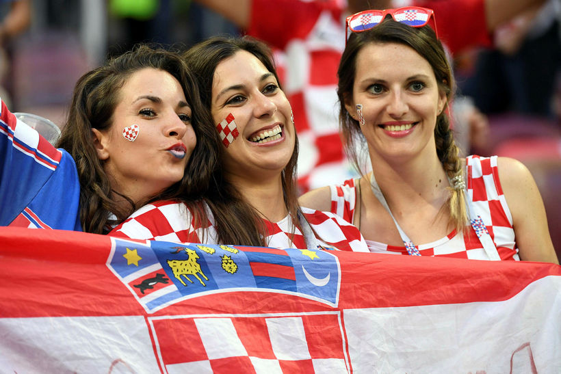 FIFA hefur beint því til sjónvarpsstöðva að hætta að leita ...
