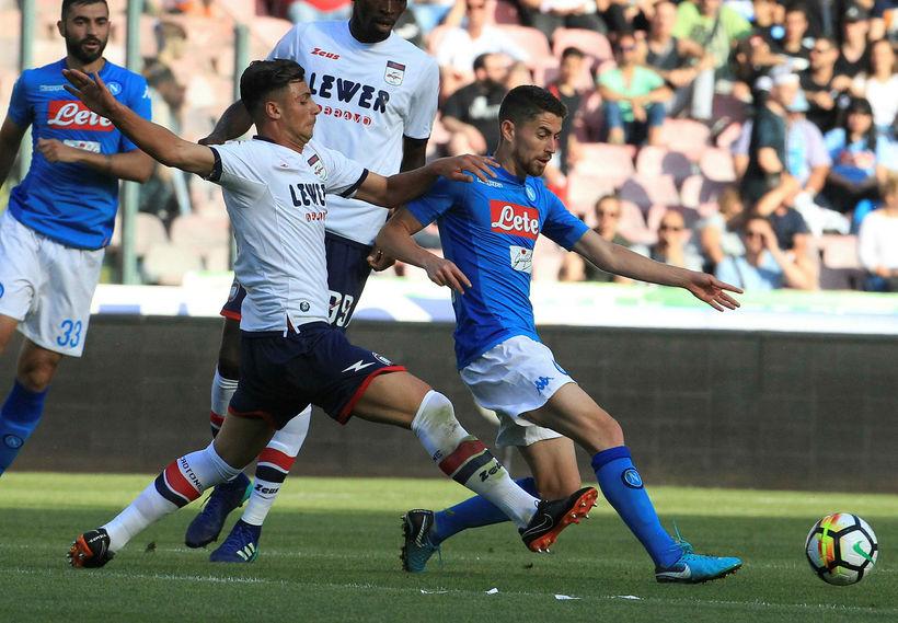 Ítalski miðjumaðurinn Jorginho er kominn til Chelsea frá Napoli og ...