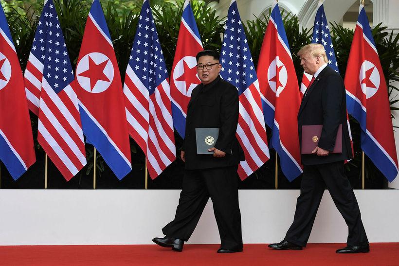 Kim Jong-un, leiðtogi Norður-Kóreu, og Donald Trump Bandaríkjaforseti ræddu afkjarnorkuvopnavæðingu ...