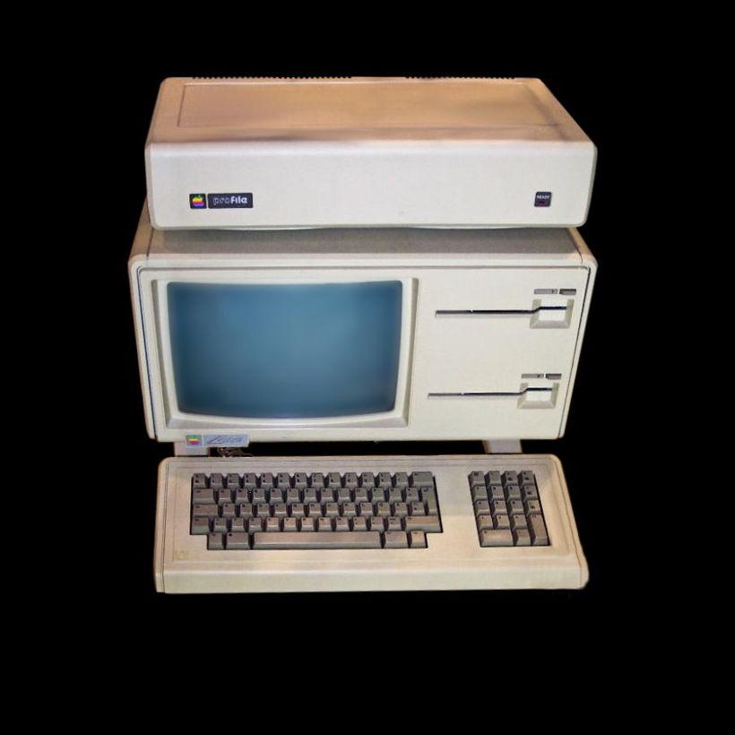 Apple Lisa kom út árið 1983 og var ein fyrsta ...