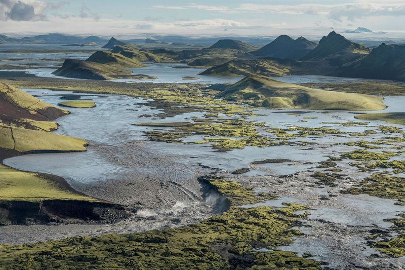 Nokkrir sólarhringar eru í að áin nái eðlilegu rennsli.