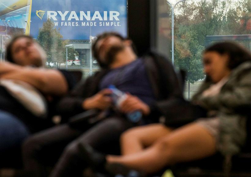Farþegar Ryanair á Schoenefeld-flugvellinum í Berlín.
