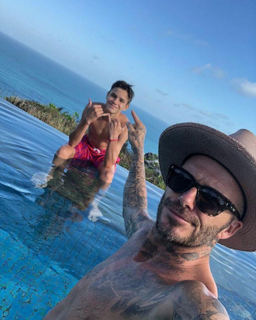 Notaleg feðgastund í fríi á Bali. Romeo og David Beckham.