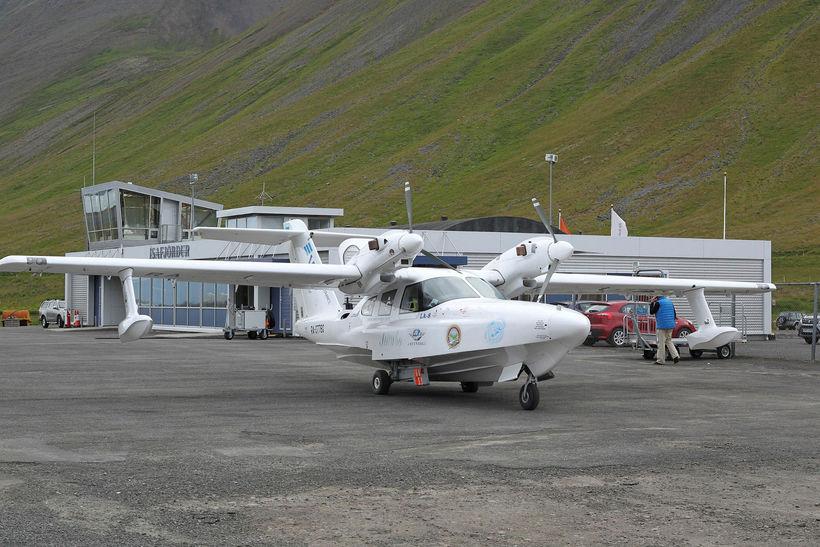 AeroVolga LA-8 á Ísafjarðarflugvelli.