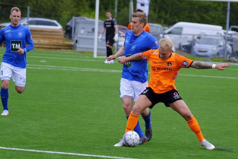 Jóhann Laxdal og Emil Ásmundsson eigast við í kvöld.