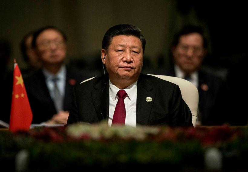 Xi Jinping, forseti Kína, hefur varið heljartak stjórnvalda á lýðnetinu. ...