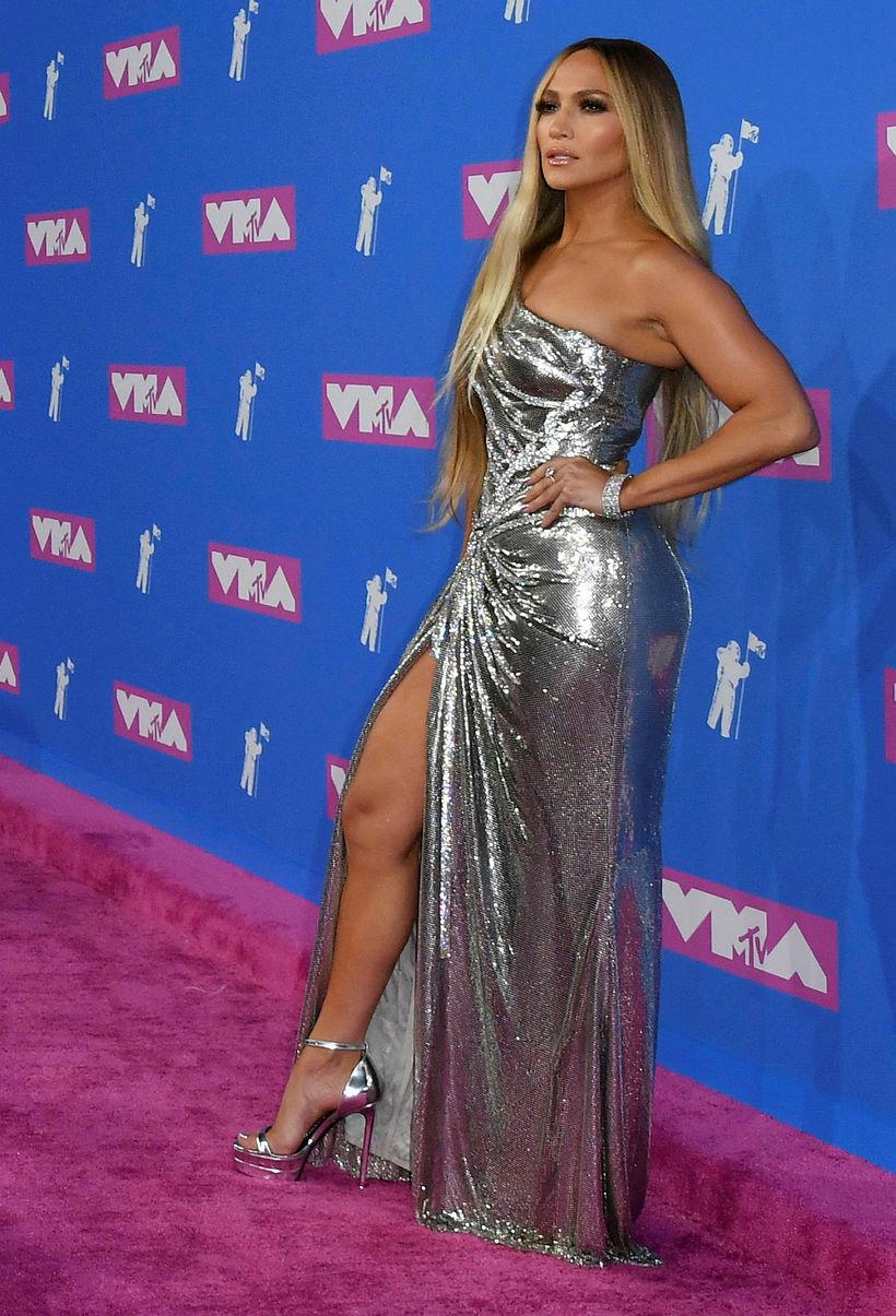 Söngkonan Jennifer Lopez lét sig ekki vanta.