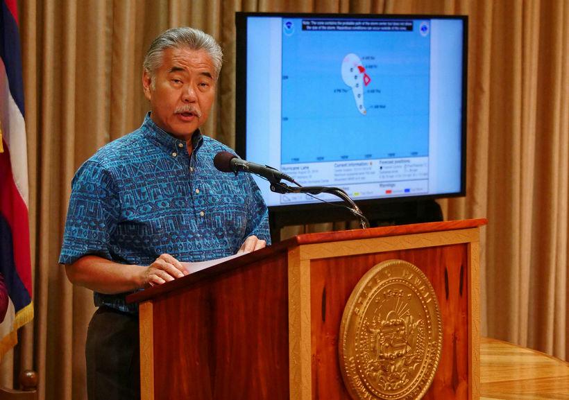 David Ige, ríkisstjóri Hawaii, lýsti yfir neyðarástandi á þriðjudag.