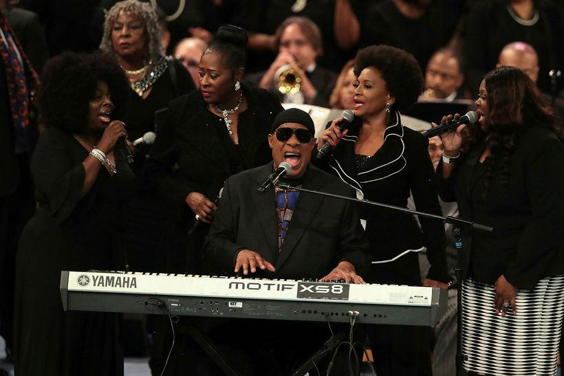 Stevie Wonder var á meðal fjölda tónlistarmanna sem kom fram ...