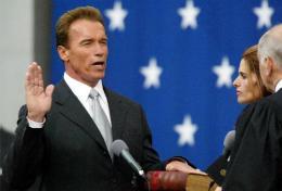 Arnold Schwarzenegger sver embættiseiðinn í kvöld.