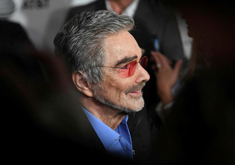 Burt Reynolds í apríl á síðasta ári.