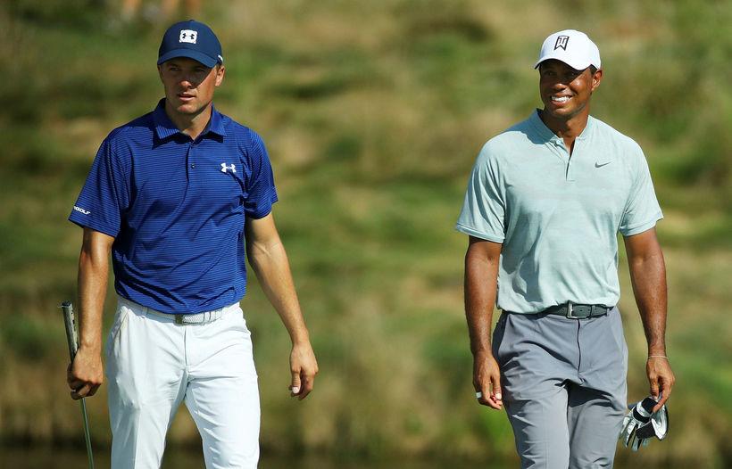 Tiger Woods lék með Jordan Spieth í dag.