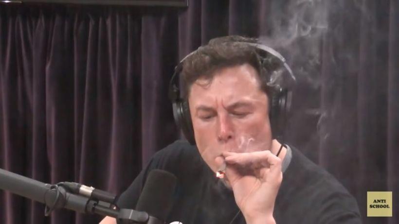 Elon Musk hefur vakið athygli fyrir ýmislegt misjafnt undanfarið.
