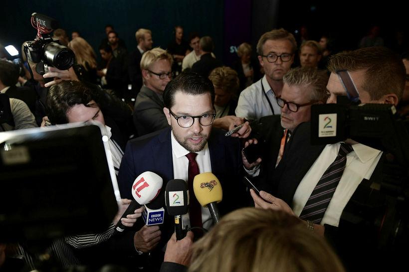 Jimmie Åkesson að leiðtogaumræðunum loknum.