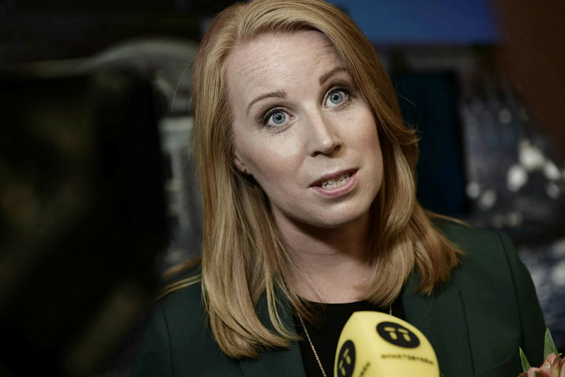Annie Lööf, formaður Miðflokksins, brást harkalega við ummælum Åkessons.