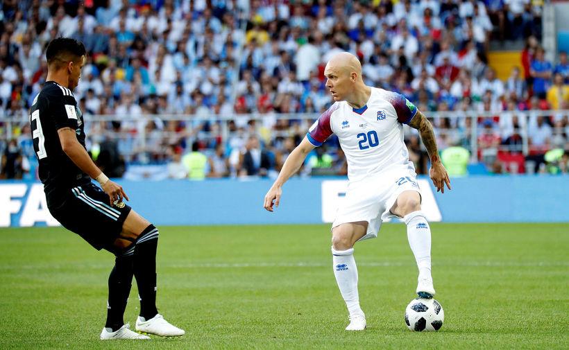 Emil Hallfreðsson og félagar hans mæta Ronaldo á sunnudaginn.