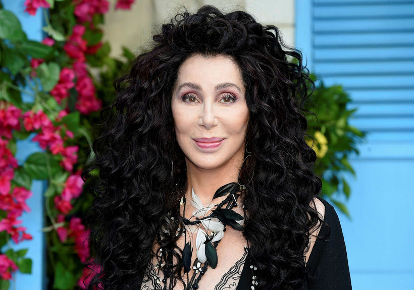 Cher heldur sér sjálf í góðu formi en hefur fengið ...