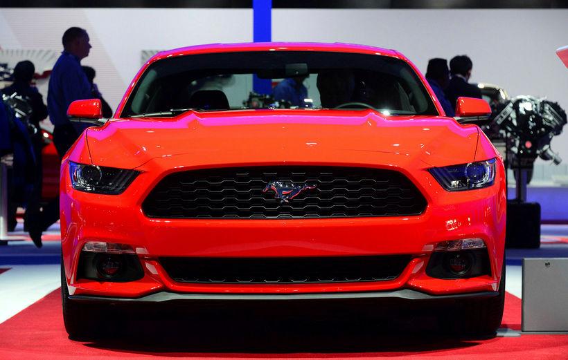 Ford Mustang af árgerðinni 2015 á sýningu í LosAngeles í ...