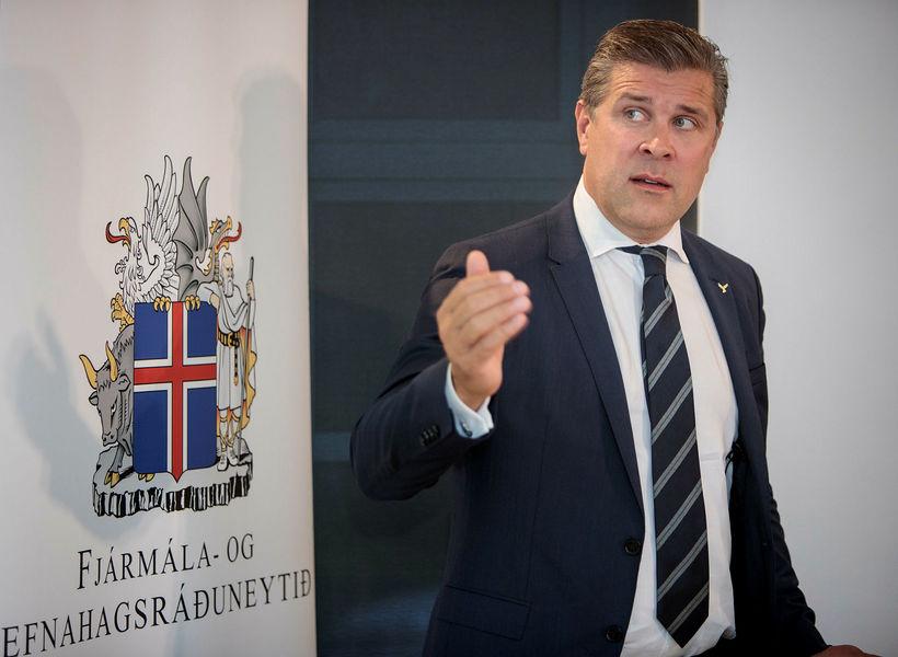 Bjarni Benediktsson fjármálaráðherra vísar því á bug að verið sé ...
