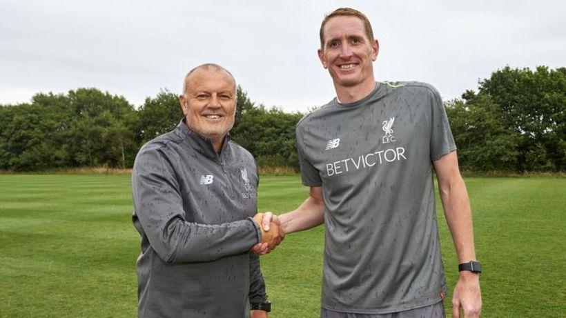 Chris Kirkland er tekinn við kvennaliði Liverpool.