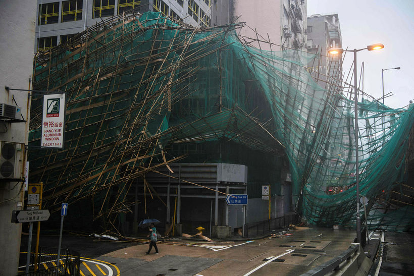 Vinnupallar feyktust um koll í Hong Kong.