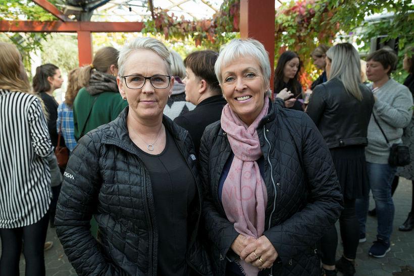 Hulda Georgsdóttir og Anna Sigrún.