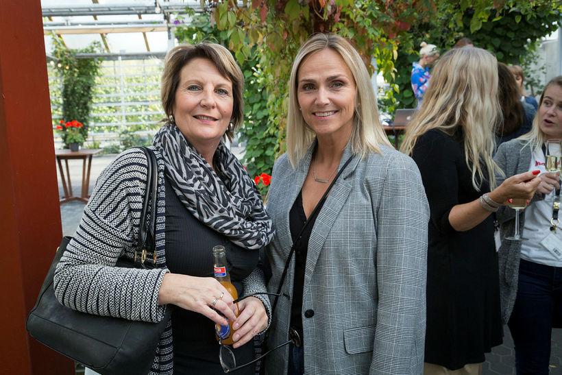María Gunnleigsdóttir og Thelma Matthíasdóttir.