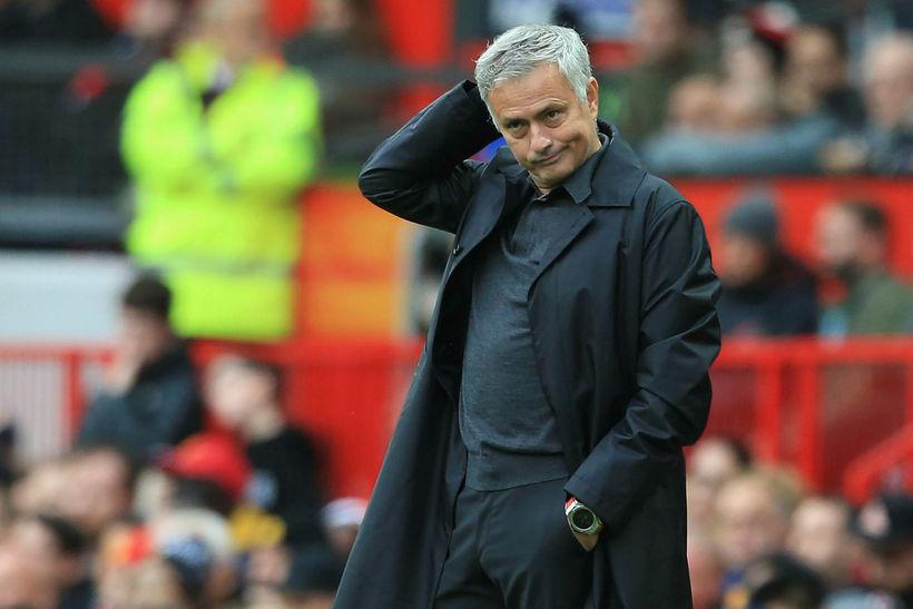 José Mourinho á hliðarlínunni í dag.