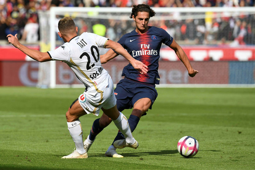 Adrien Rabiot í leik með Paris SG.