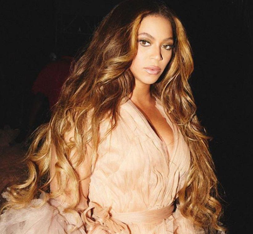 Beyoncé er með eitt fallegasta hár sem hægt er að ...
