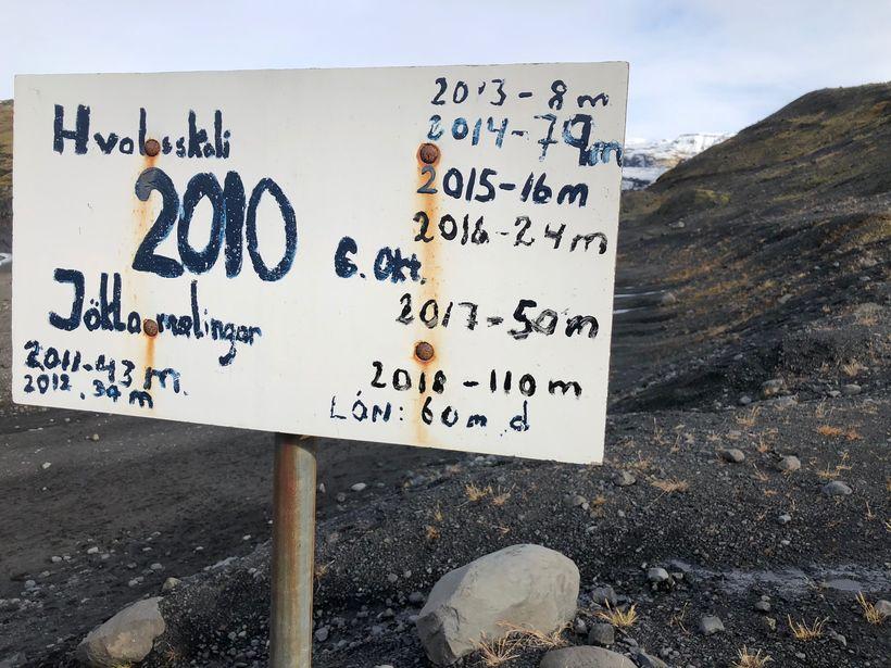 Skiltið var fyrst sett upp árið 2010 og hefur undanfarin ...