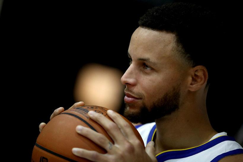 Stephen Curry #30 leikmaður NBA-meistaranna í Golden State Warriors.