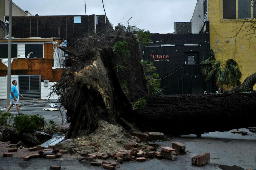 Eyðileggingin blasir við í Panama City í Flórída.