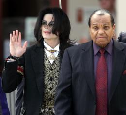 Michael Jackson og faðir hans Joe Jackson.