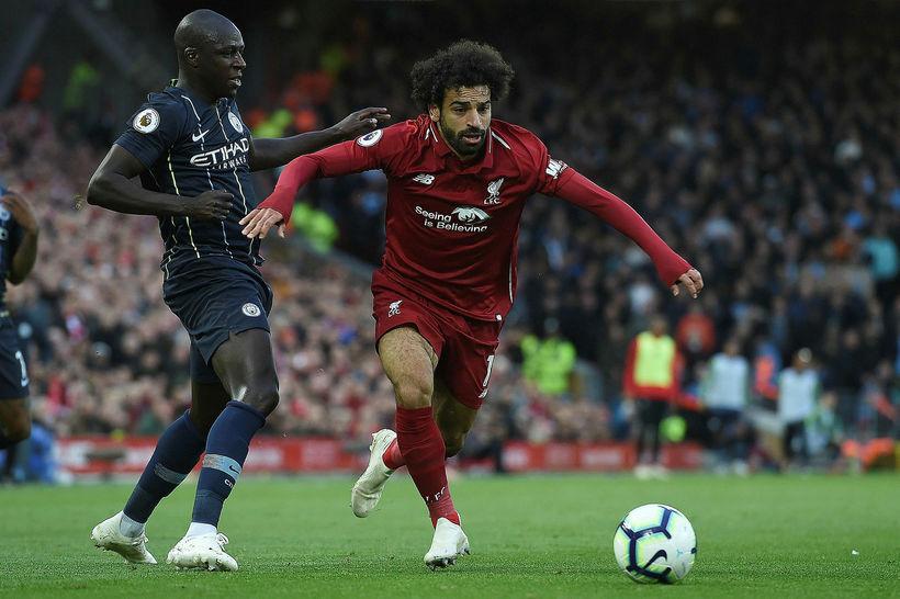Mohamed Salah skoraði úr horni og meiddist.