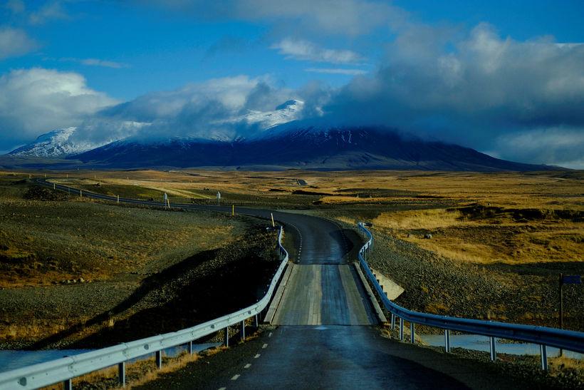 Víða verður léttskýjað á Norður- og Norðausturlandi í dag. Þá ...