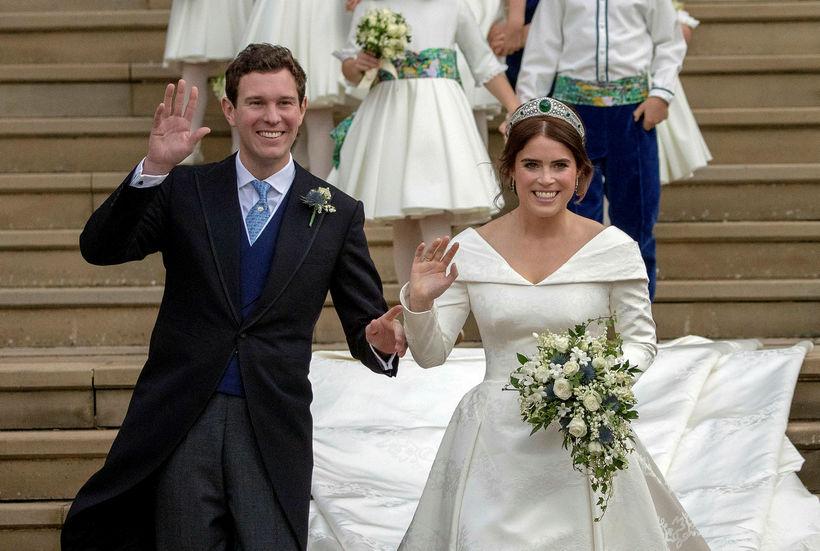 Jack Brooksbank og Eugenie prinsessa á brúðkaupsdaginn sinn.