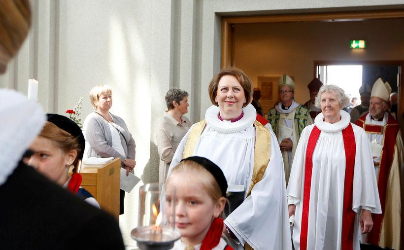 Ánægja með störf biskups minnkar frá því á síðasta ári.