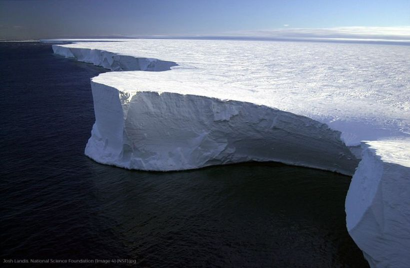 Ross-íshellan er stærsta íshellan á Suðurskautslandinu og er hún á ...