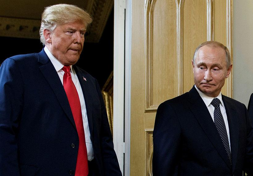 Donald Trump Bandaríkjaforseti og Vladimír Pútín Rússlandsforseti á fundi þeirra ...