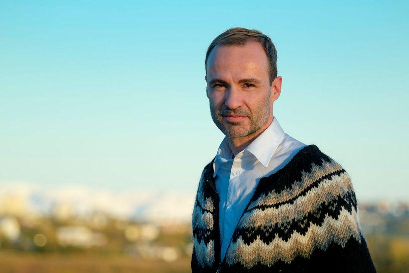 Jordi Pujola býr á Íslandi með íslenskri eiginkonu sinni og ...