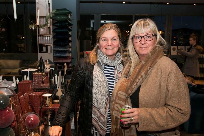 Sigríður Jóhanna Sigurðardóttir og Helga Þóra Árnadóttir.
