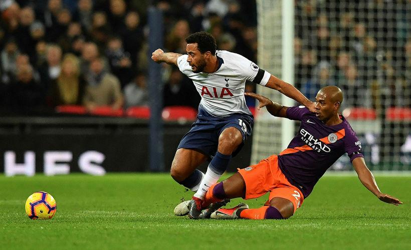 Mousa Dembele í leik Tottenham gegn Arsenal.