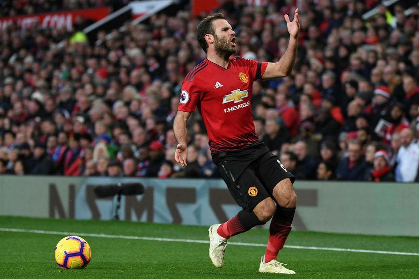 Juan Mata hefur ekki átt fast sæti í liði United ...