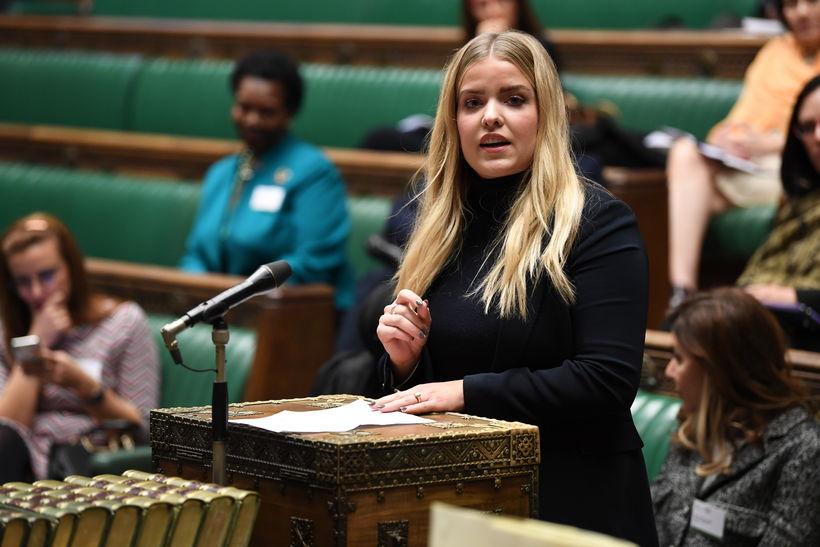 Áslaug Arna Sigurbjörnsdóttir, ávarpar breska þingið.