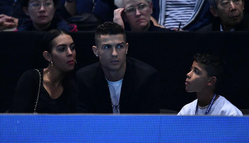 Georgina Rodriguez, Cristiano Ronaldo og sonurinn Cristiano yngri.