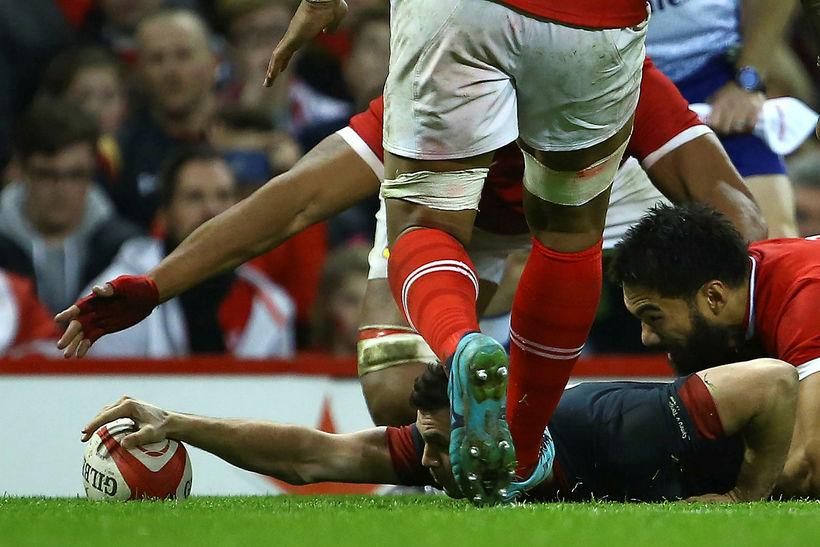 Frá landsleik í rugby í Cardiff í Wales.