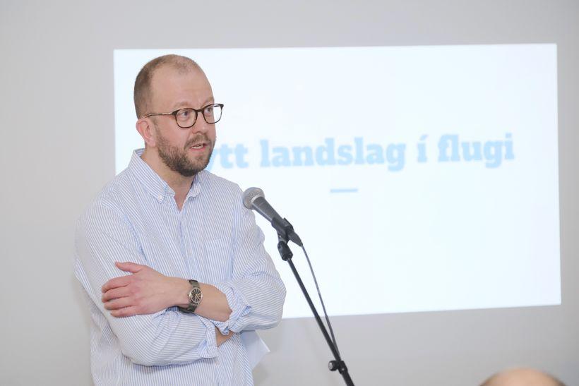 Kristján Sigurjónsson ræddi nýtt landslag í flugi.