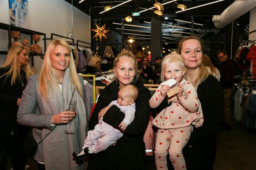 Jóhanna Margrét Gísladóttir, Svala Rúnarsdóttir og Margrét Pála Valdimarsdóttir. Með ...